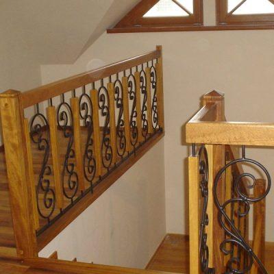Holzverkleidung für Betontreppen 6 (2)